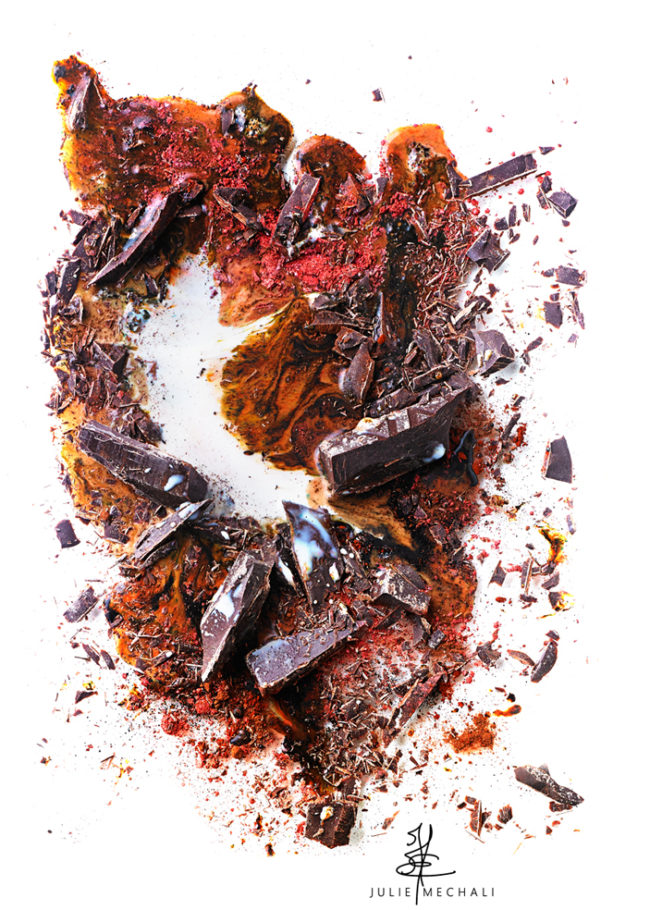 éclaboussure chocolat aux pigments et poudre de cacao