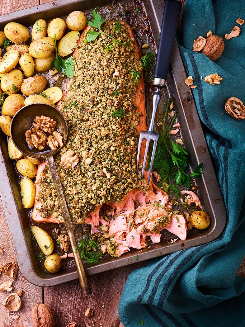 AOP-IGP NOIX recette saumon en croute de noix de Grenoble WEB